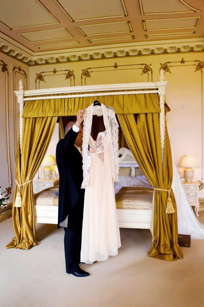Gosfield Hall Wedding Photographer 16