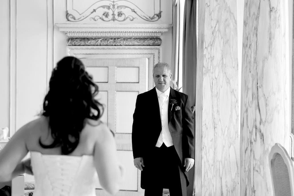 Gosfield Hall Wedding Photographer 21