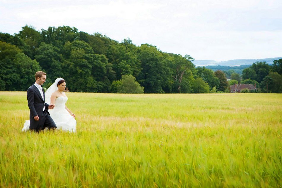 Fitzleroi Barn Wedding Photographer